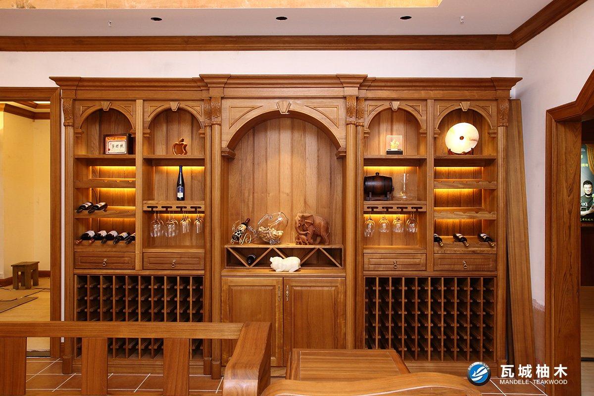 柚木酒柜图片
